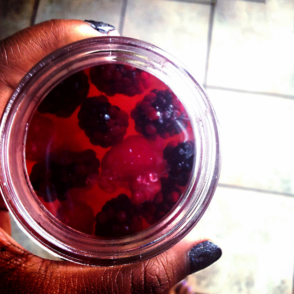 Kombucha with berries and fruit juice, photo by Urmila Ramakrishnan