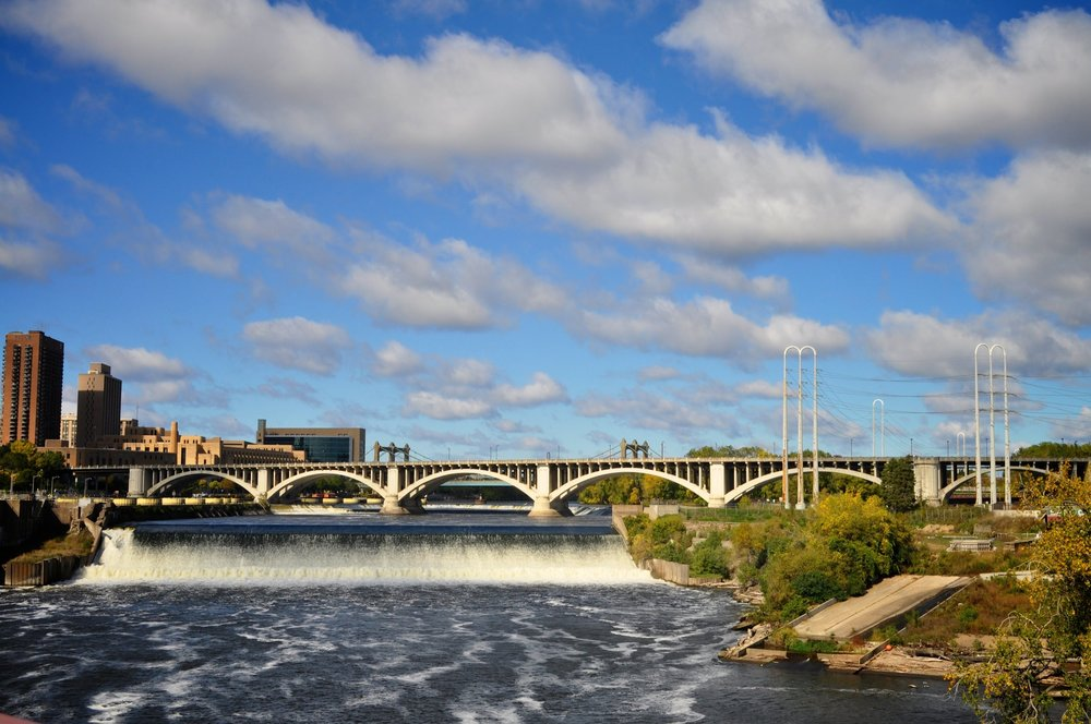 MPLS 24 - Minneapolis moves with you at your own pace. Discover the city in 24 hours.
