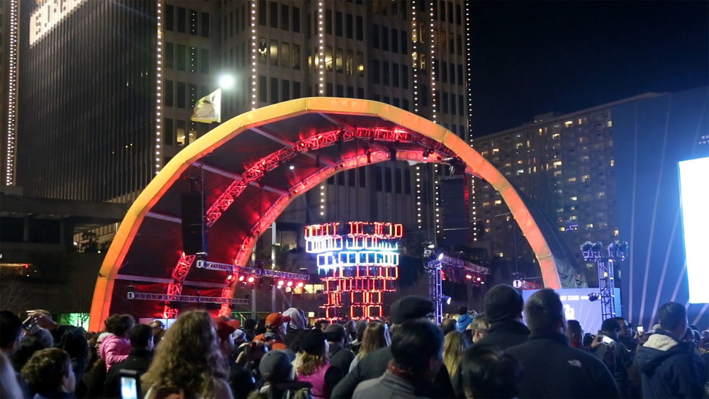 Citywide Celebration - The Super Bowl City event had over 100,000 attendees. Our installation lived inside an LED-covered Arch at the center of the plaza.