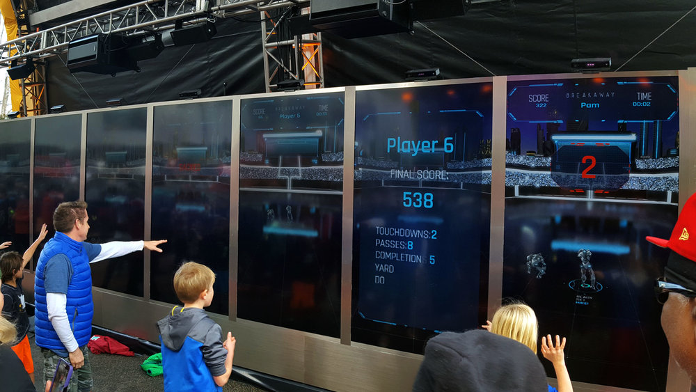 Interactive Game Stations - Eight participants can play the game per three-minute session. Player logged in using their phones and competed to win prizes.