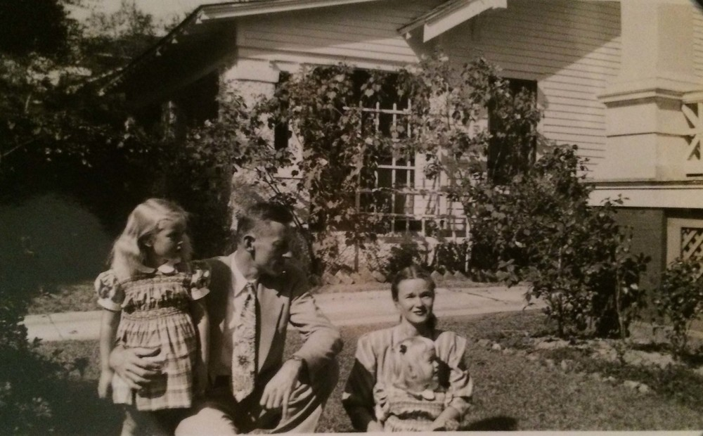 Myrtle May with her parents in the mid 1920s