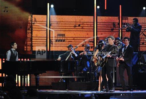 AS latin grammy.jpg
