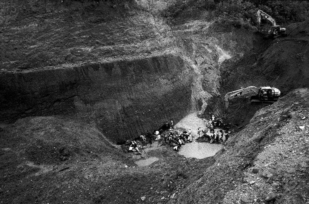 Views of artesanal mine, Zaragoza, Antioquia. The soaring price of gold has propelled an estimated 200,000 families in Colombia into a frantic and anarchic gold rush.