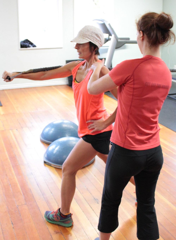 Breathe Personal Trainer Nicole Lark training female client