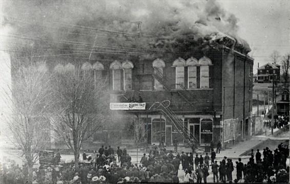 Scott's Opera House - Fire.jpg