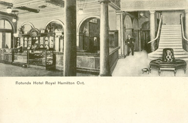 Royal Hotel - lobby
