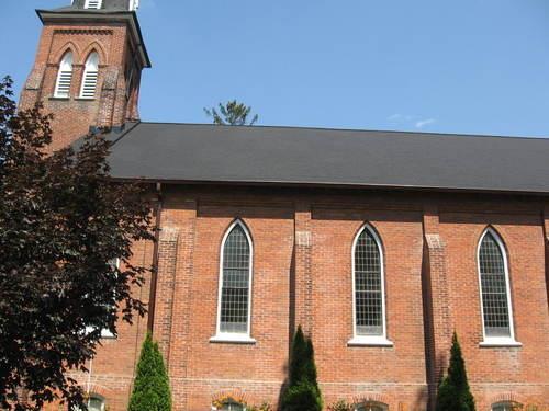 St. Andrew's Presbyterian - side view