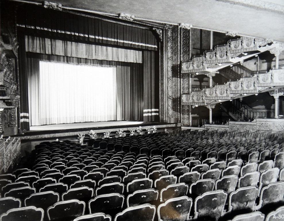Shea's Victoria Street Theatre - interior