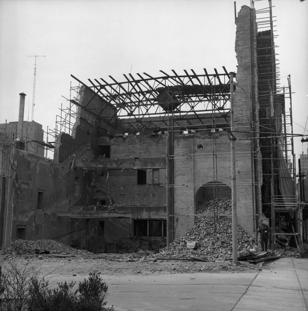 Shea's Victoria Street Theatre - demolition