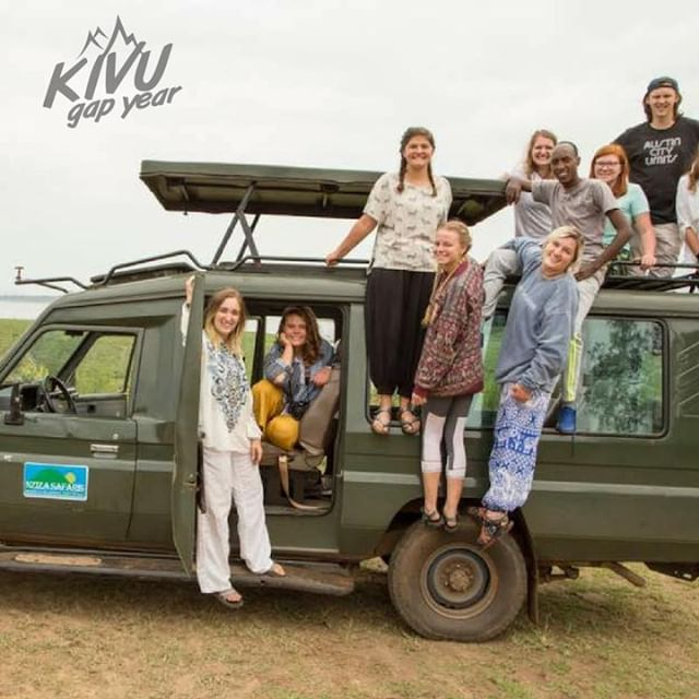 Friends aren't made in the classroom.  Adventure bonds us together as humans.  come apply for the adventure of a lifetime @kivugapyear .  #kivugapyear #kivu #gapyear #education #university #experientialeducation #travelyear