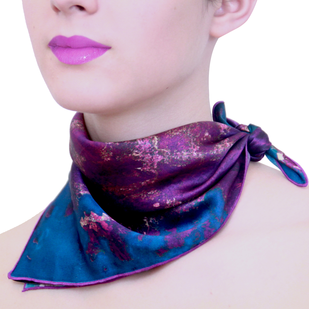 Hong Kong Neck Scarf