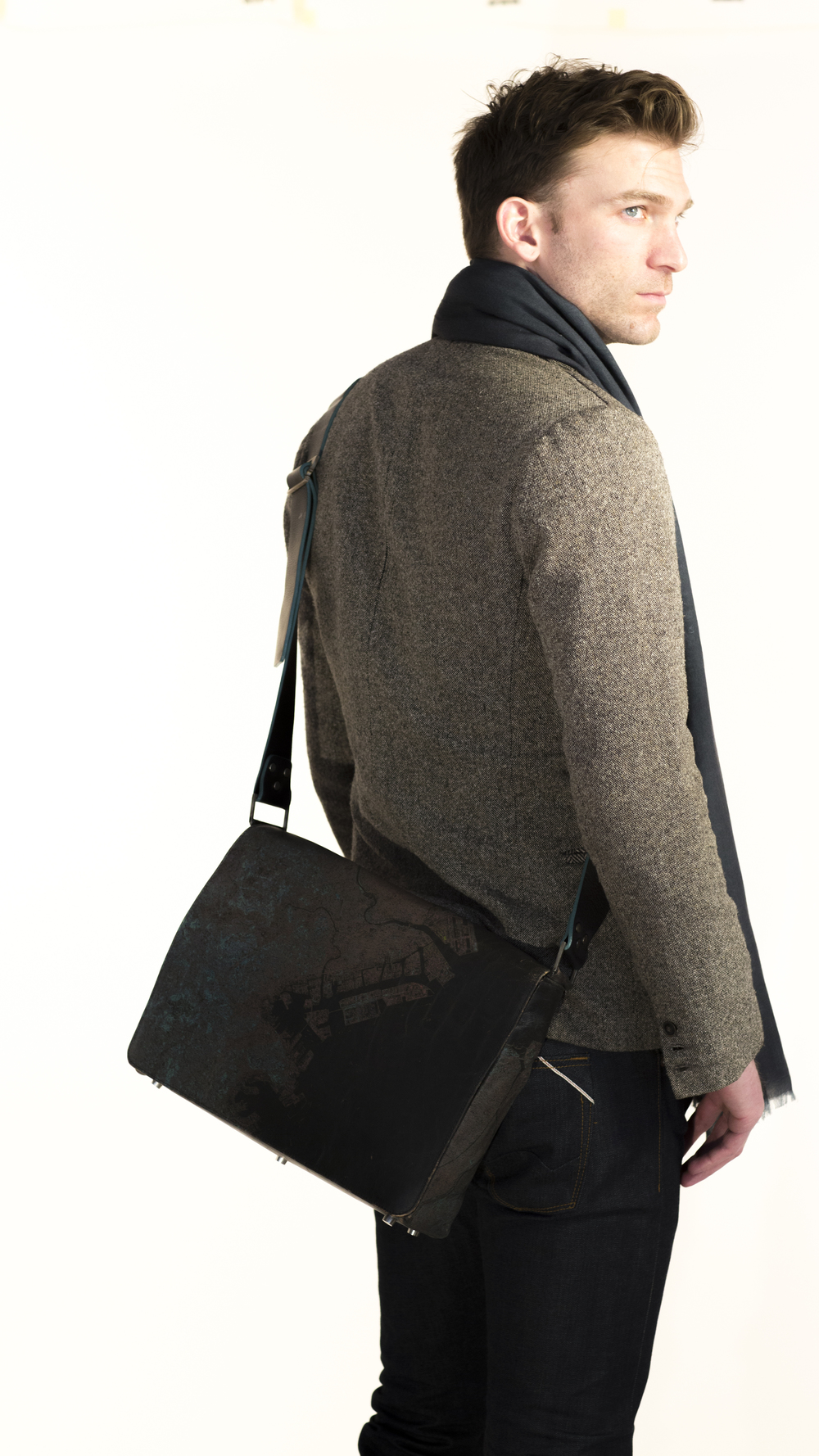Tokyo Messenger Bag