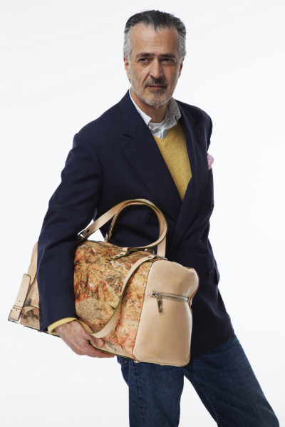 Hooman Majd, Tehran Bag, phpto by Mani Zarrin