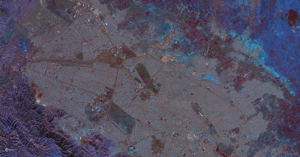 Mashhad REC_GREY_BLU 42 X 80, 11-9-16- small.jpg
