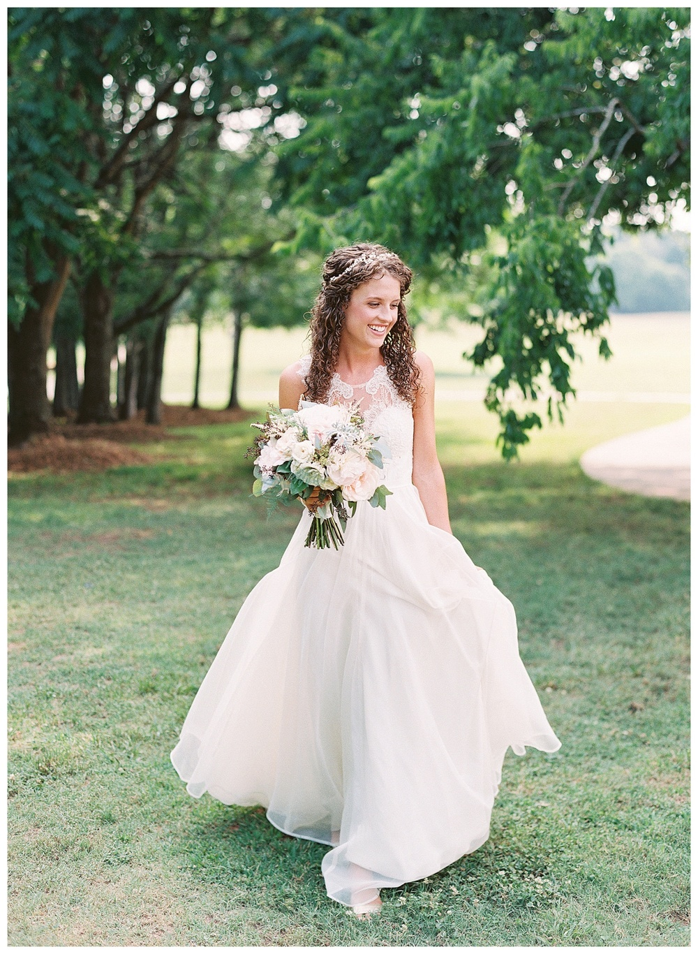 best Charlotte wedding florist with the best wedding flowers (26).jpg