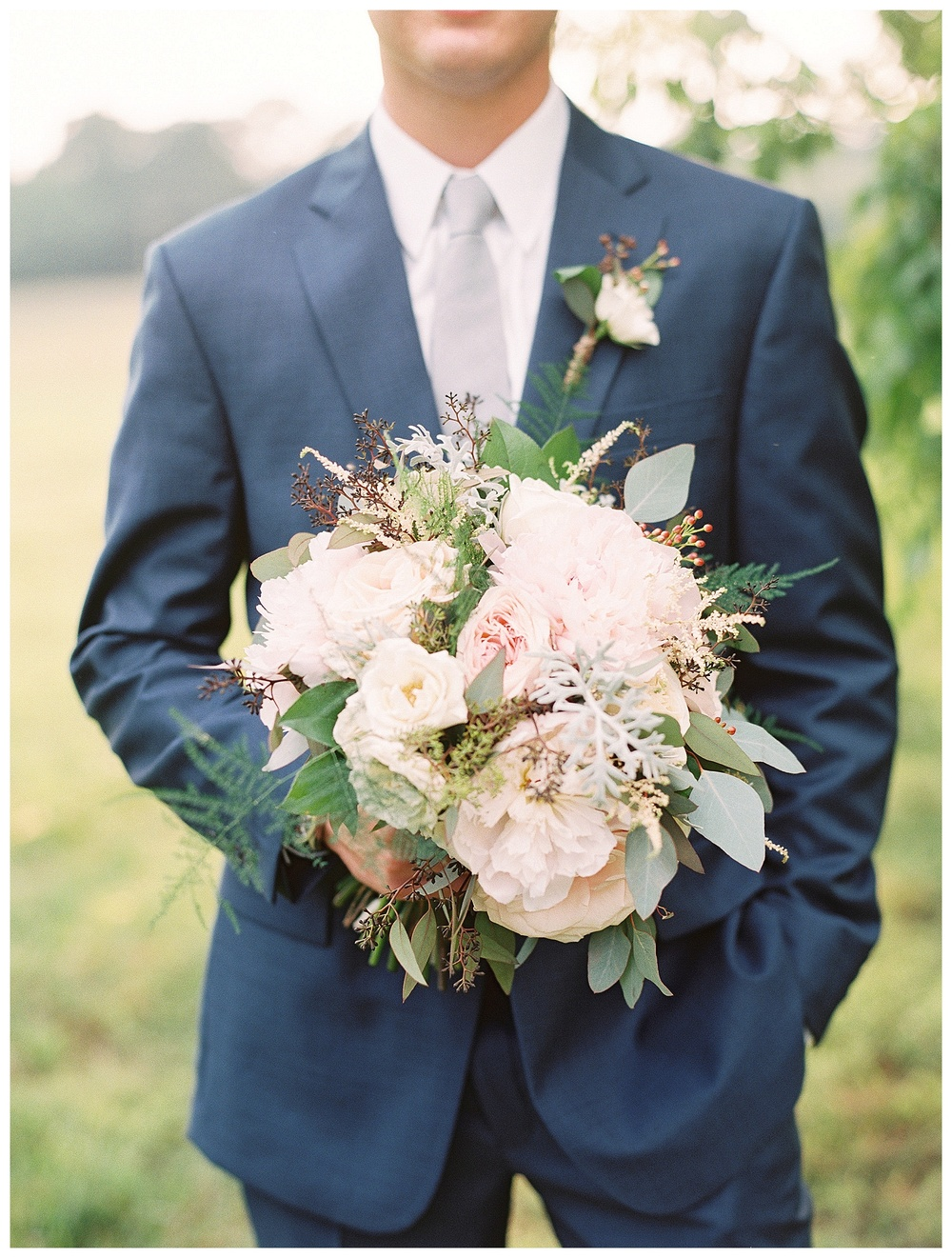 best Charlotte wedding florist with the best wedding flowers (23).jpg