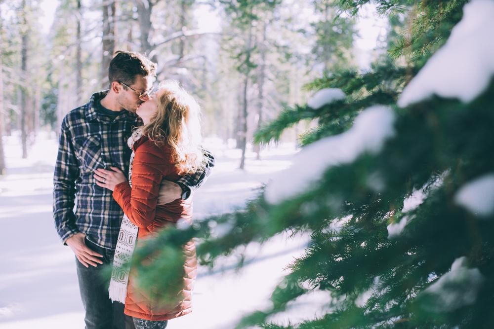 2015_12_31_GeoffandNelle_Engagement-47.jpg