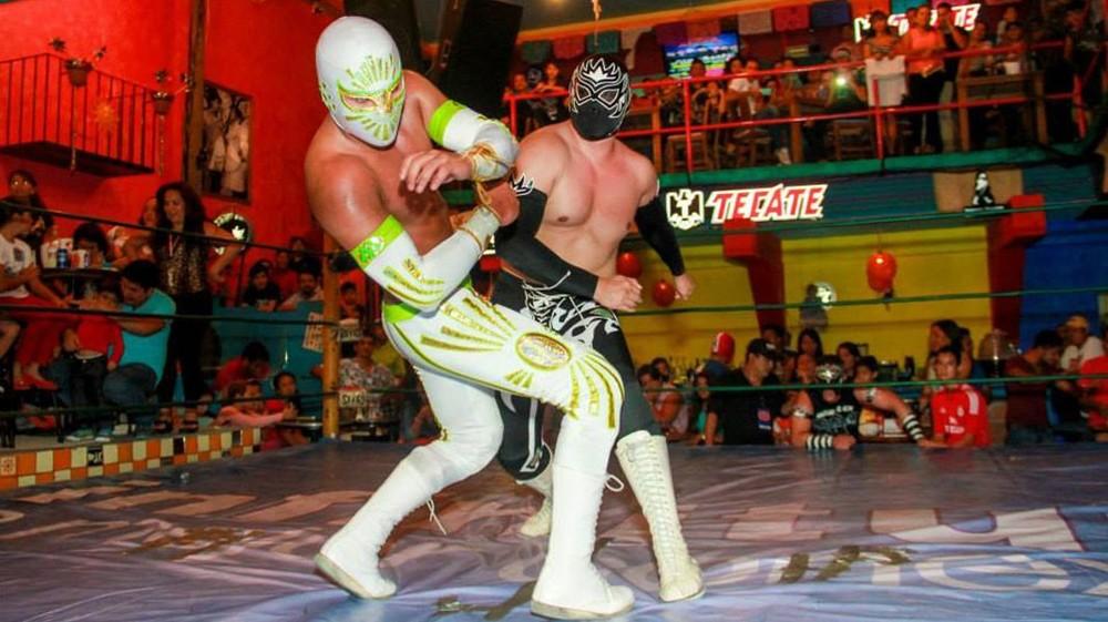 lucha-libre-acapulco-1070x600.jpg