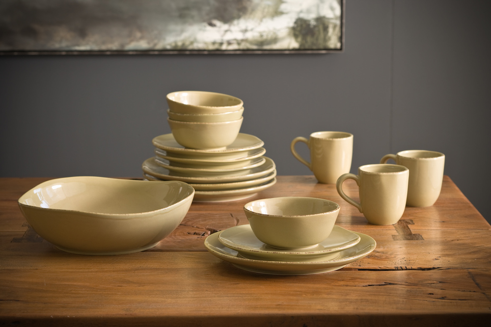 Product Photography Still Life Derek Israelsen 018 Yellow Dinnerware