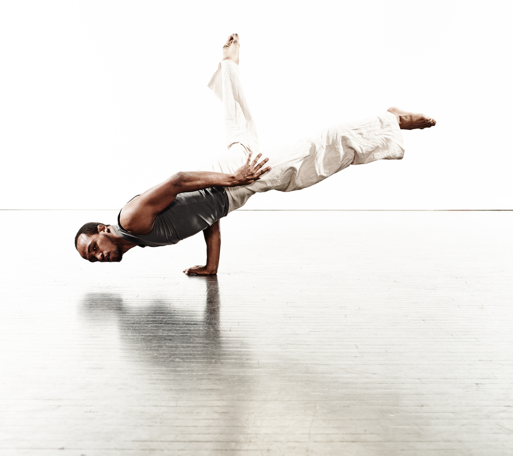 Ririe-Woodbury Derek Israelsen 011 Male Dancer Balancing