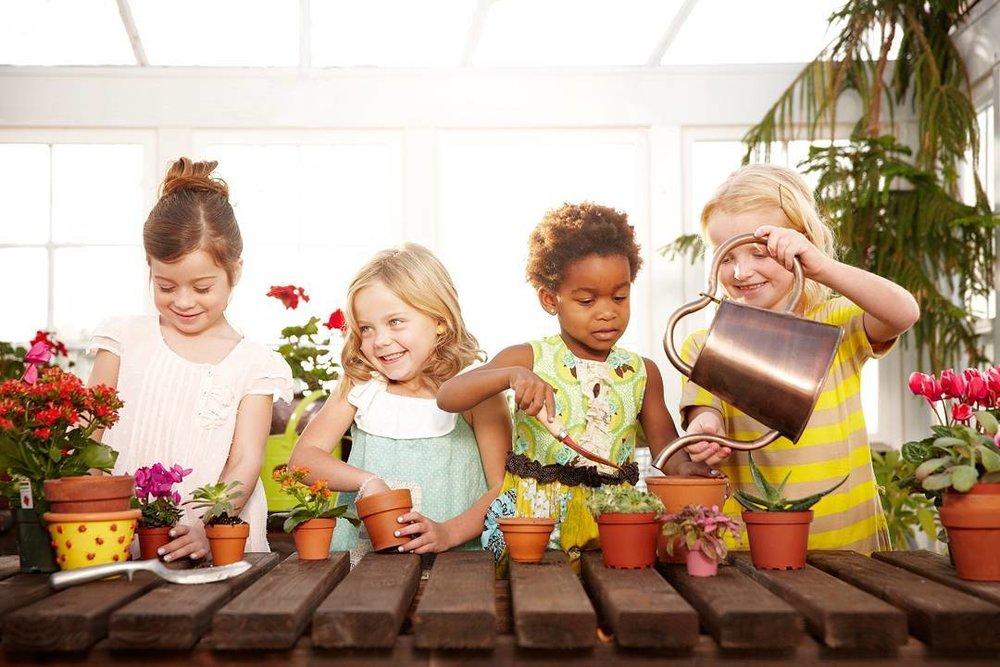 _Back2School__Kids__UtahPhotography__CommercialPhotography__Kids__KidModels__SaltLakeCity__gardening.jpg