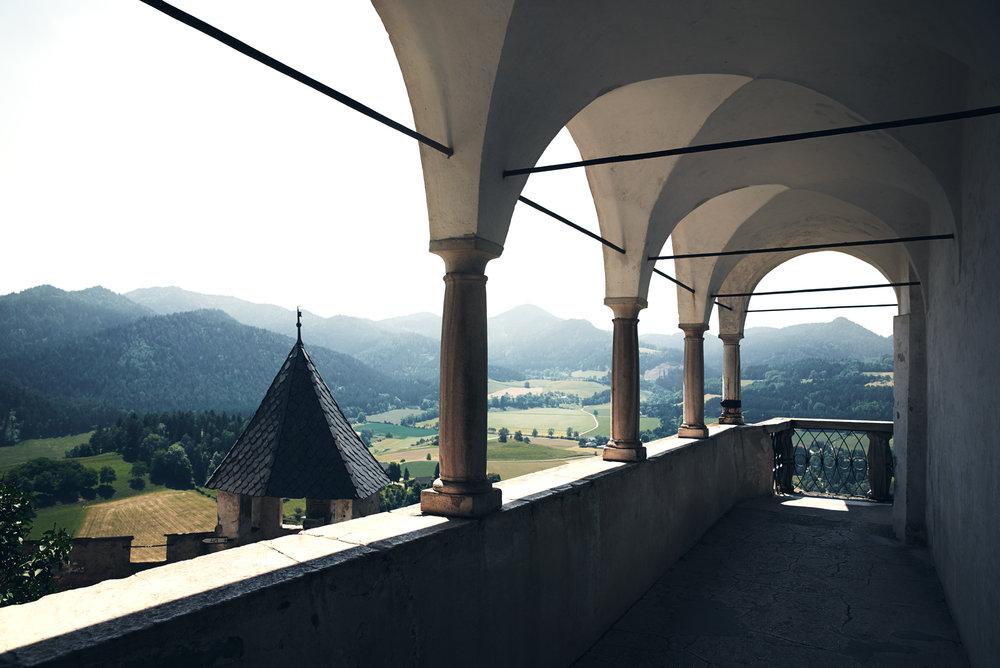 Projects_Travel_Photography_Derek_Israelsen_181128R_Castle_Europe.jpg
