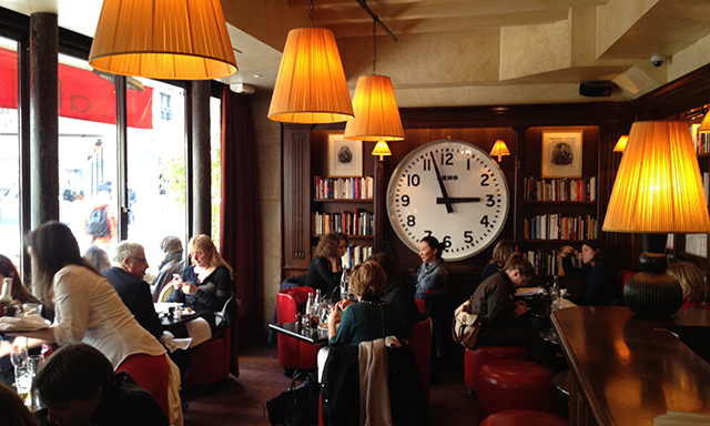 Café Les Editeurs  in  Saint-Germain-des-Prés,  where all the modern literati go.