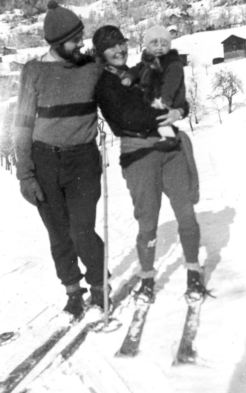 hadley hemingway and bumby skiing.jpg
