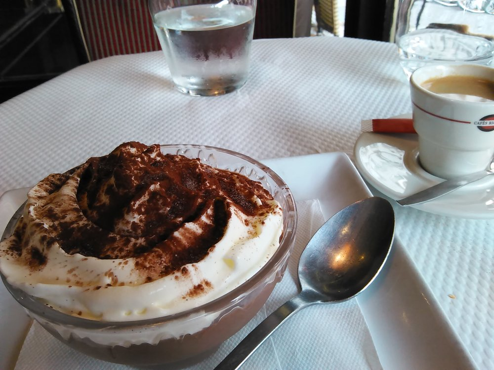 A  mousse au chocolat . Dig in!