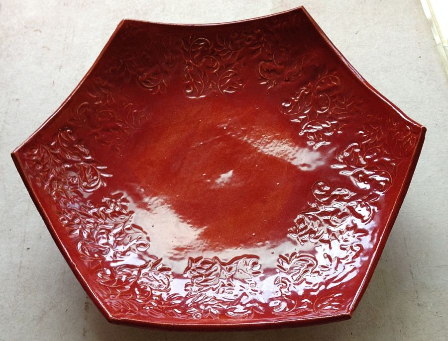 Pottery dish by Ros Welchman.