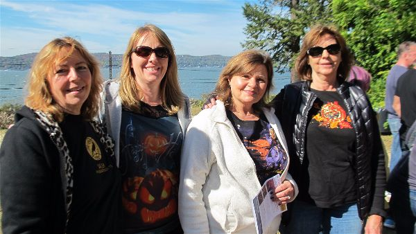Guests from Rochester, NY, with the Hudson River at Washington Irving's home Sunnyside.Photo Elizabeth Kemble.