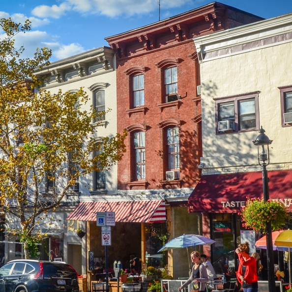 tarrytown new york main street cropped.jpg