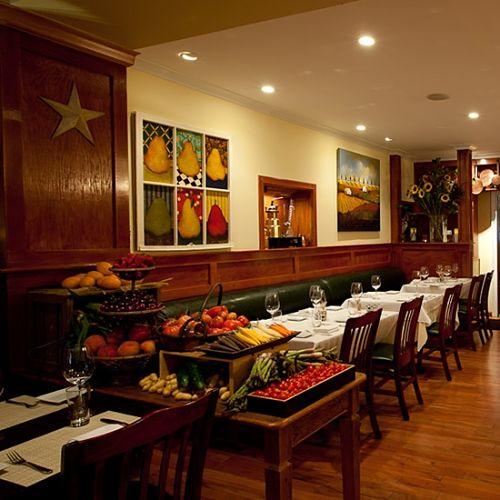 Tarry Tavern dining room Tarrytown NY square_opt.jpg