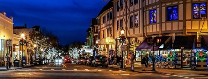 Tarrytown's historic Main Street decked out for the holiday season. Photo Jeffrey Friedkin.