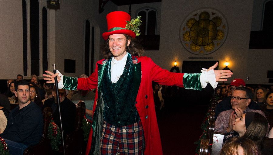 Jonathan Kruk performing Dickens's Christmas Carol at the famed Old Dutch Church in Sleepy Hollow, New York. Photo: Tom Nycz.