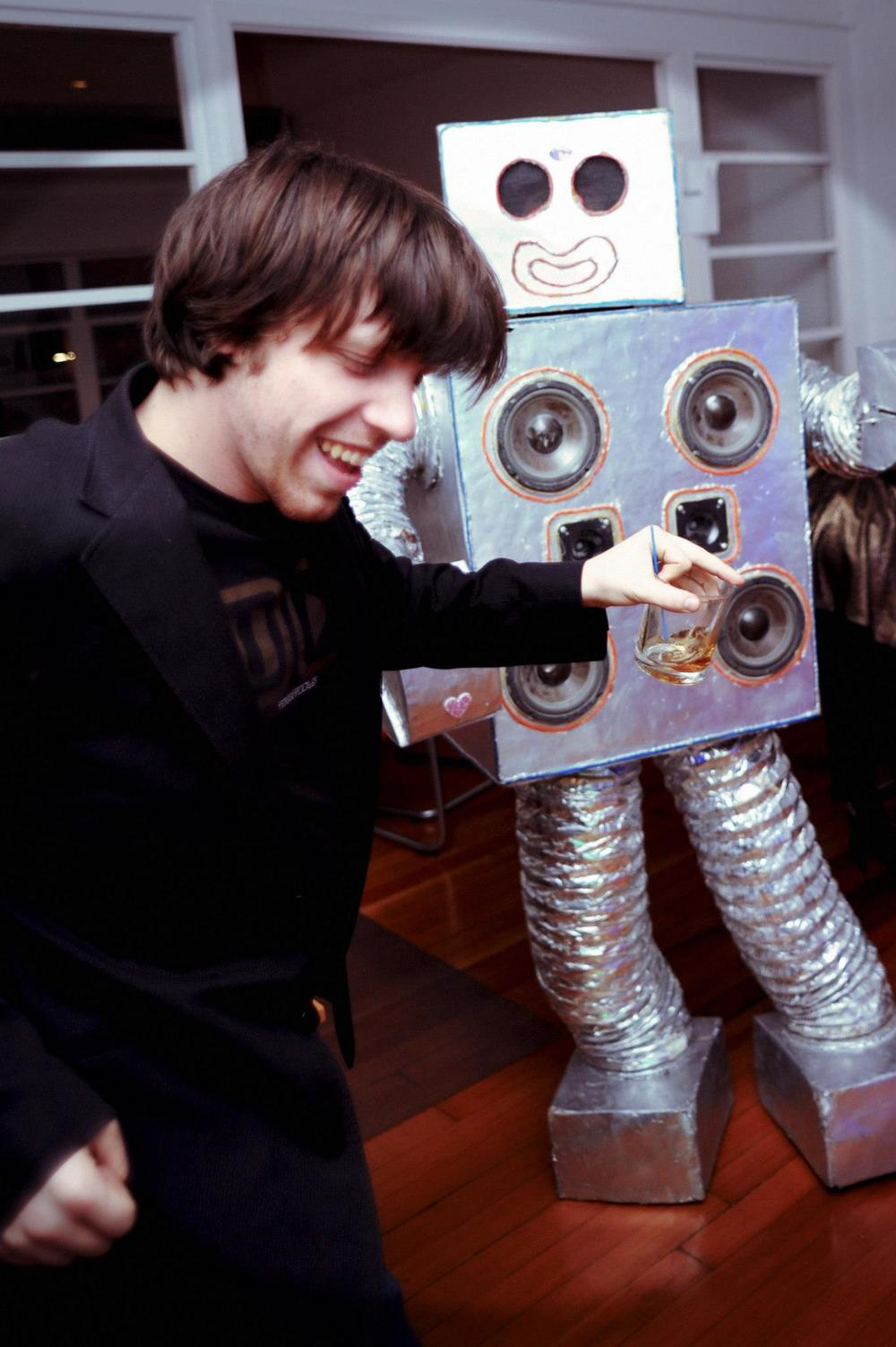 dj-spacecamp-and-dance-party-robot.jpg