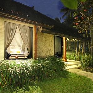 Candi Beach Bali Deluxe Ocean Bungalows