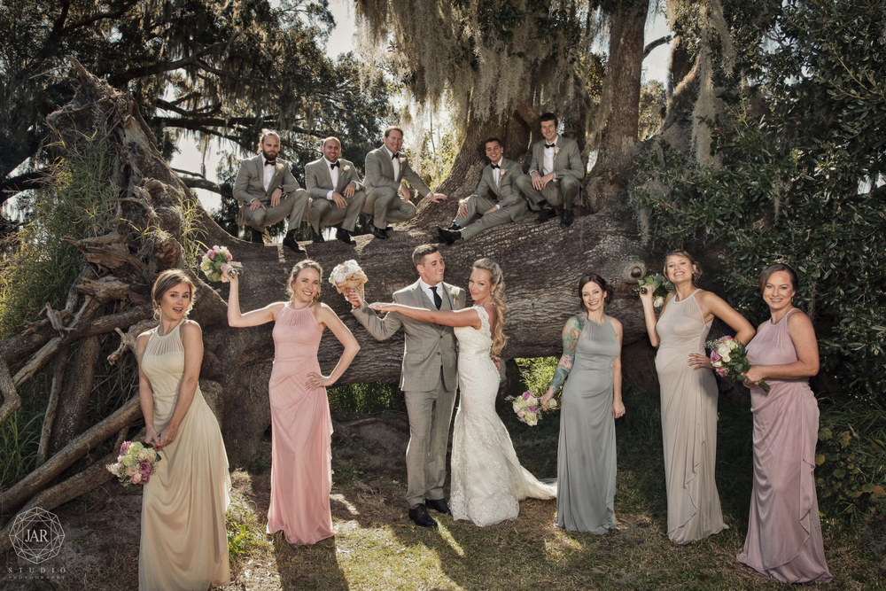 13-wedding-party-fun-tree-park-orlando-jarstudio.JPG