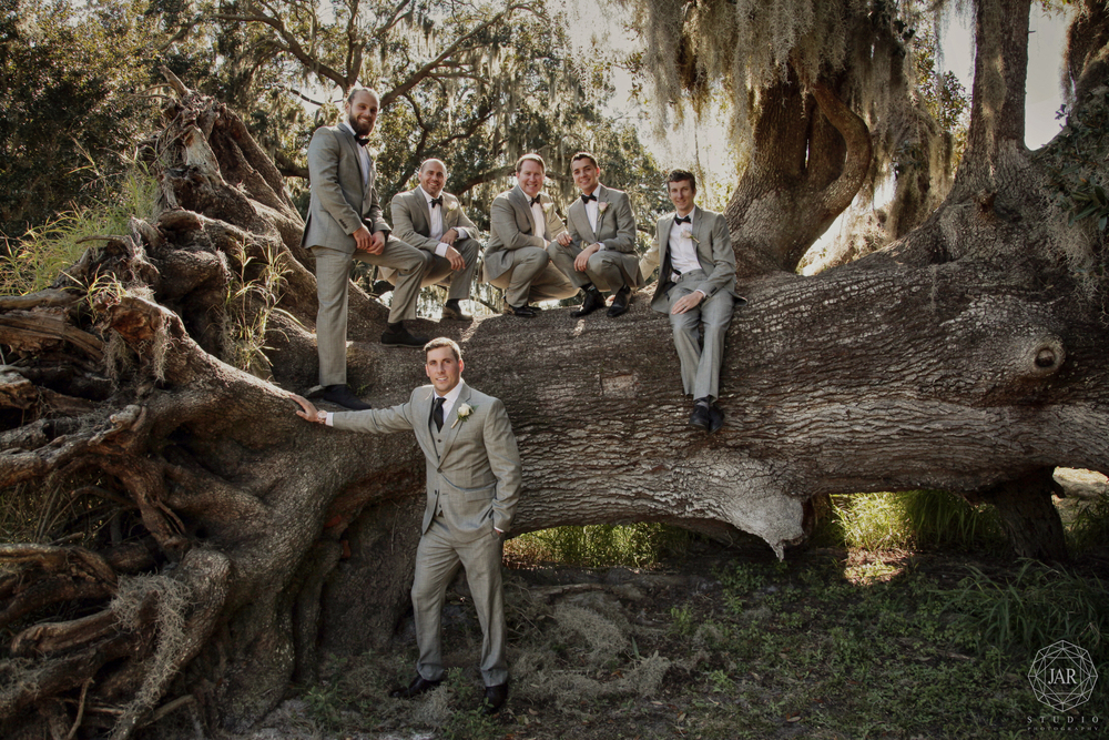 12-groom-tuxedo-friends-tree-wedding-jarstudio.JPG