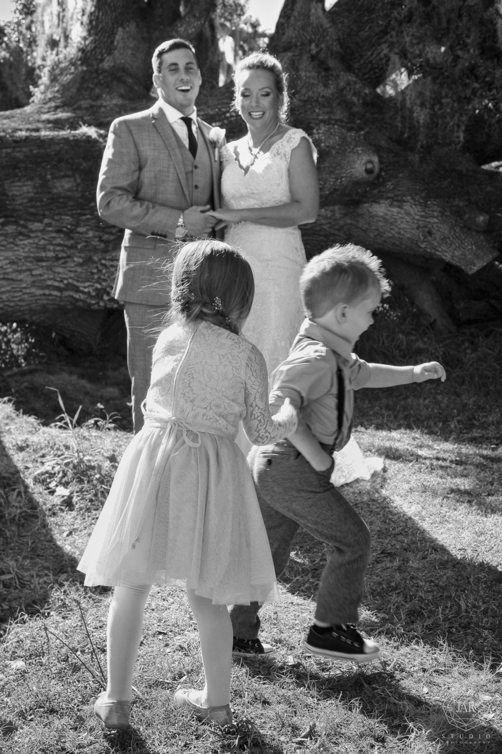 18-kids-wedding-fun-picture-jarstudio.JPG