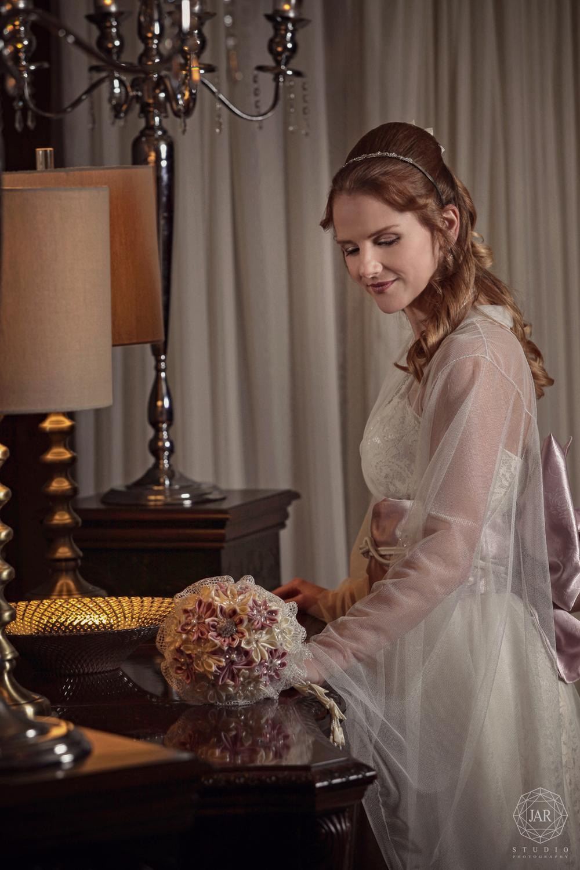 07-bride-dress-kimomo-crystal-ballroom-beautiful-orlando-jarstudio.JPG