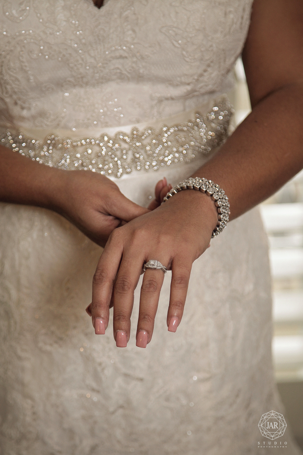 05-bride-natural-nail-color-jarstudio-orlando.JPG