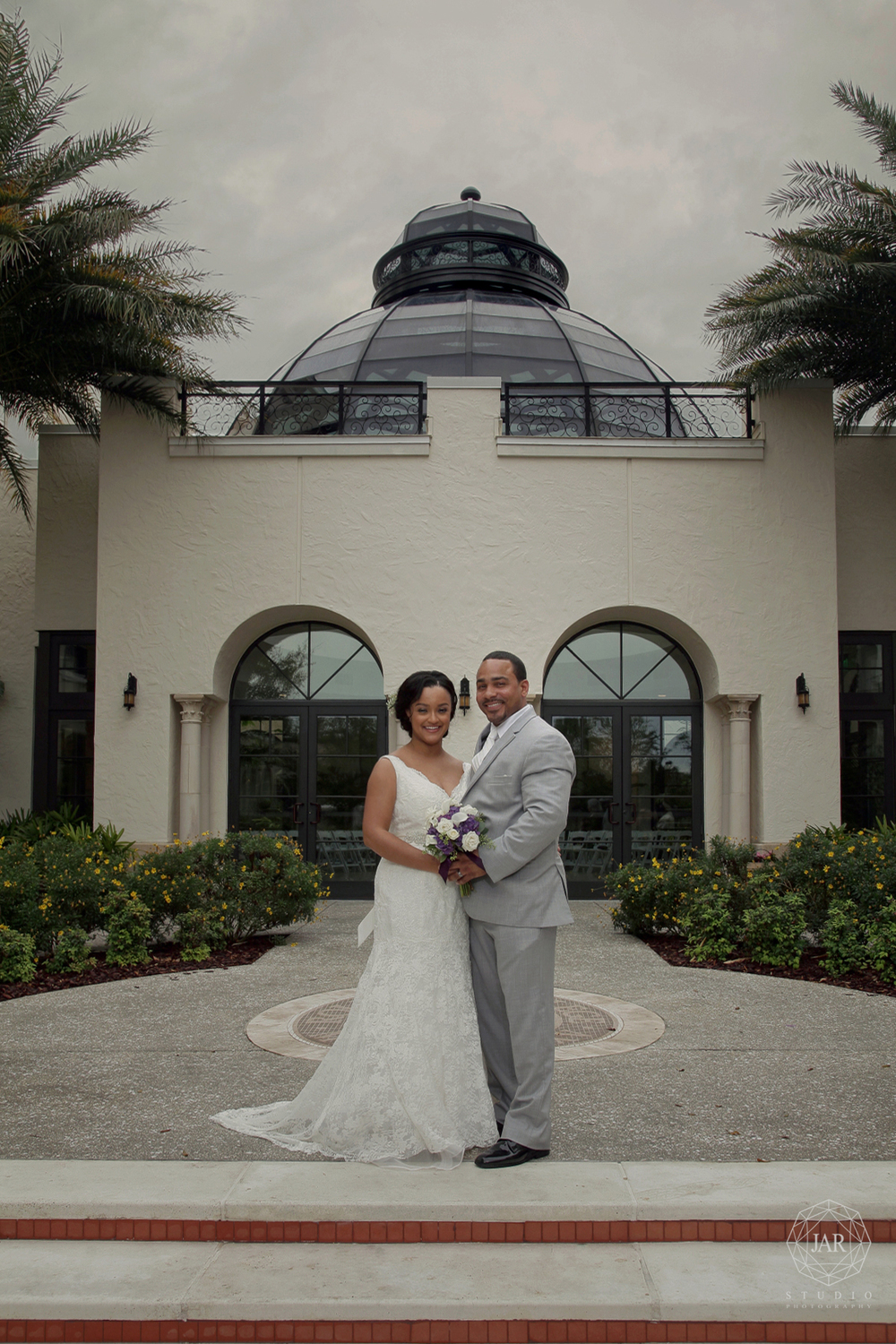 19-alfond-inn-courtyard-dome-jarstudio-wedding-photography.JPG