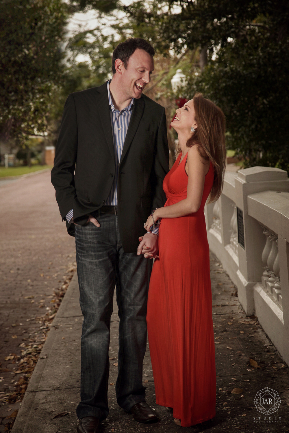 02-azalea-park-engagement-photographer-jarstudio.jpg