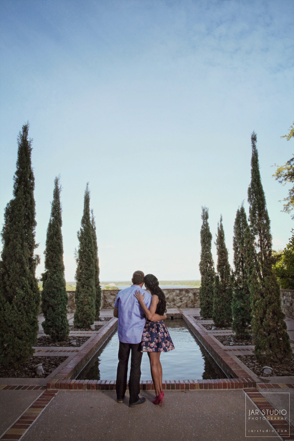 07-unique-tuscan-bella-collina-engagement-jarstudio.jpg