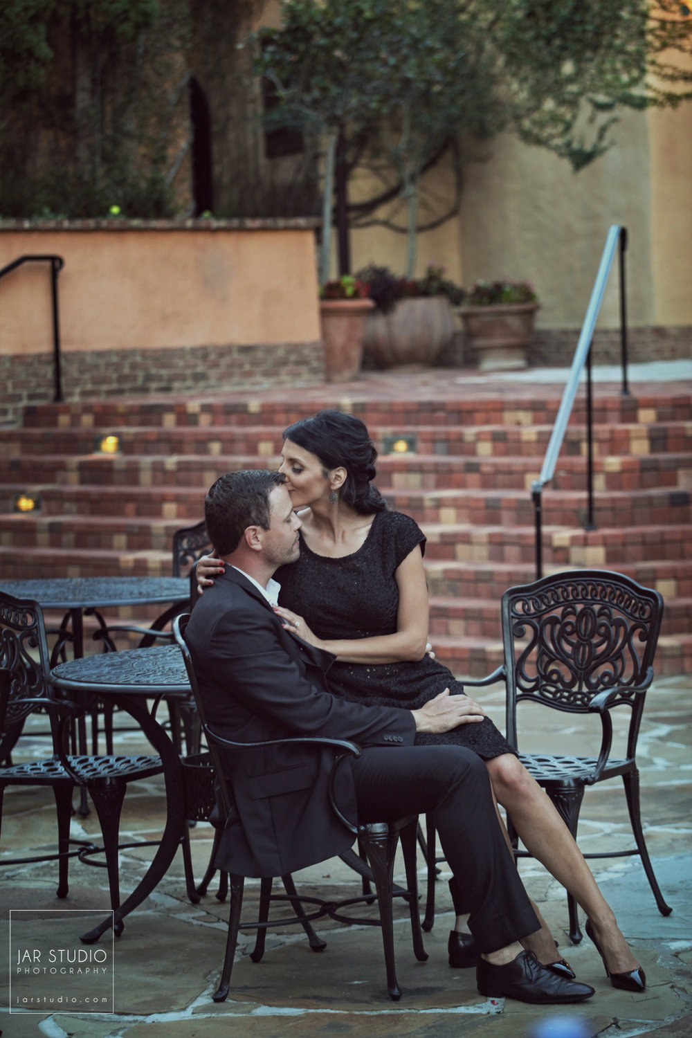 08-stunning-engagement-bella-collina-jarstudio.jpg