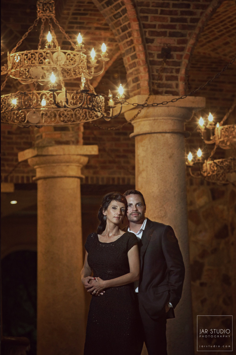 23-beautiful-bella-collina-couple-jarstudio.jpg