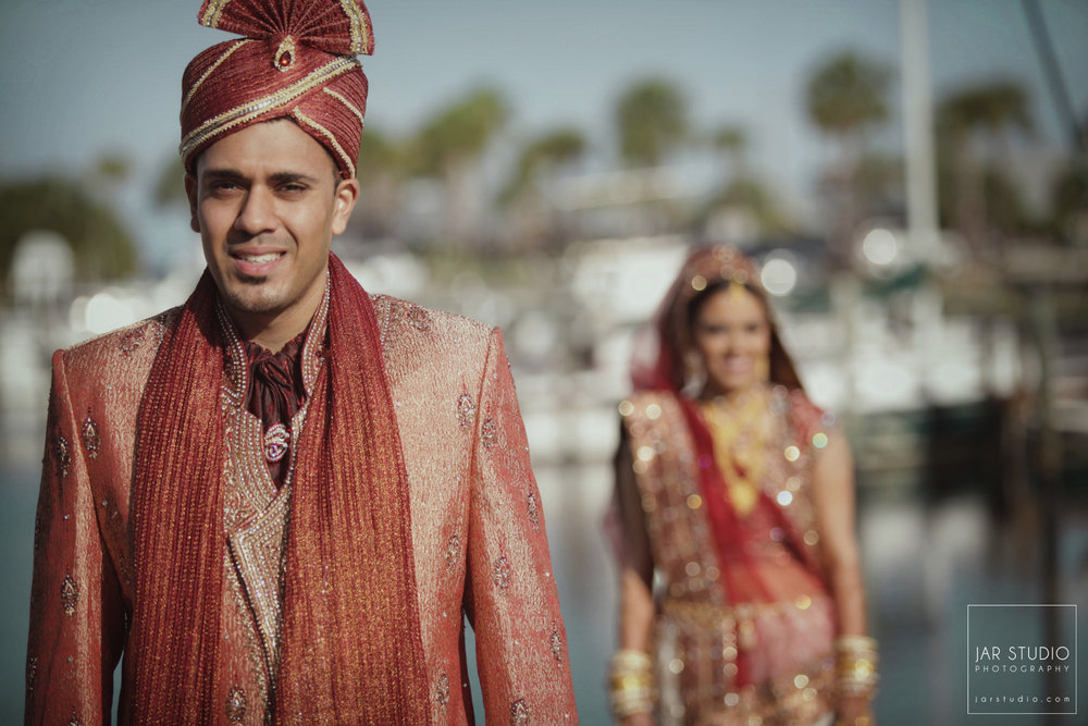 20-groom-Sherwani-jarstudio-indian-weddings-photography-florida.JPG