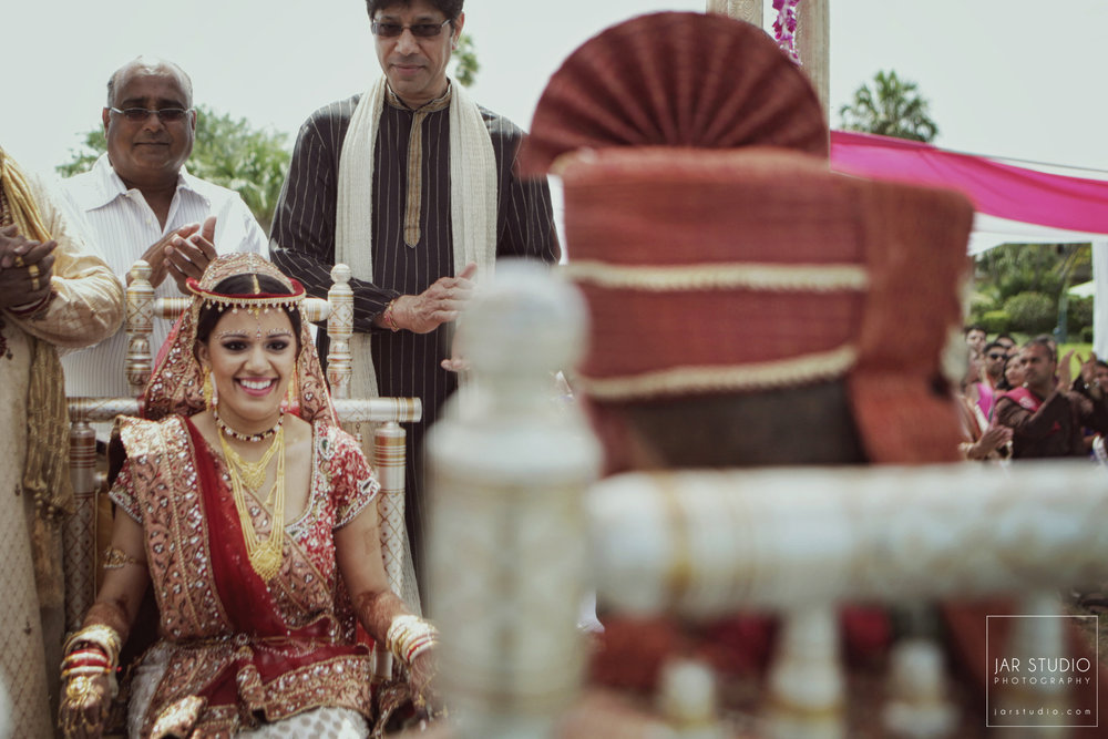 34-hindu-bride-groom-jarstudio-photography-tampa.JPG