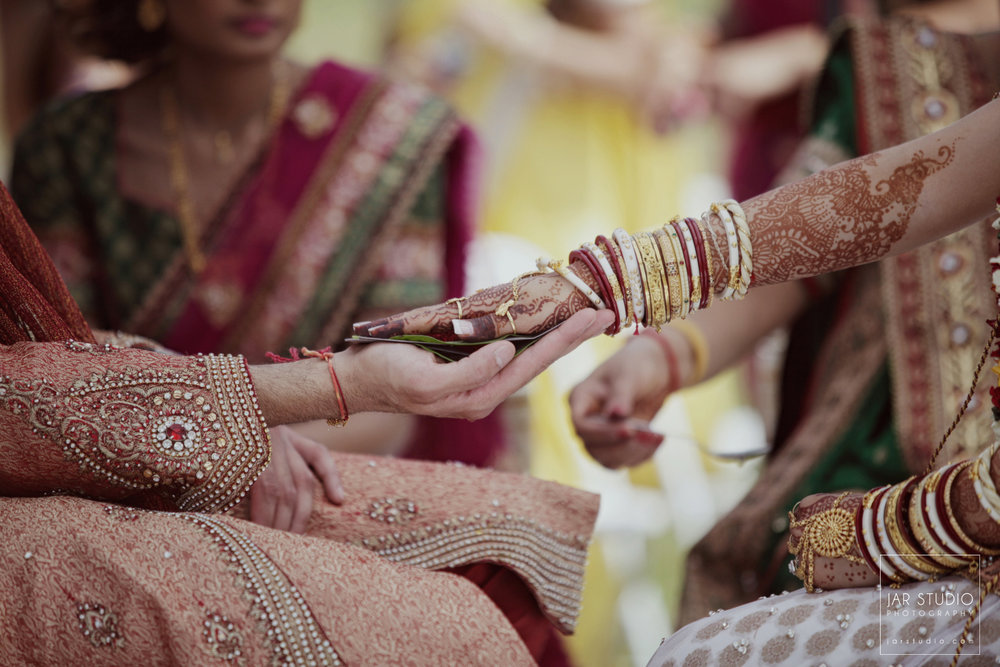 37-hindu-wedding-ceremony-jarstudio-photography-orlando-fl.JPG